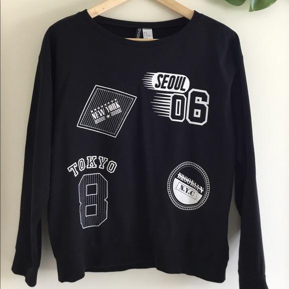 H&M | Cute Black Crewneck Sweater